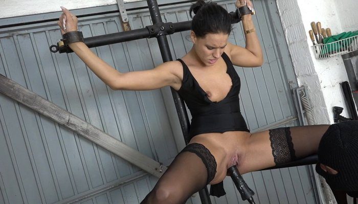 Christy Fucking in the Fuckmachine on the Leg Spreader