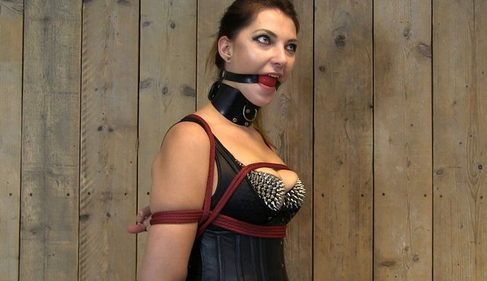 Angry Kristin with gagged want threatened