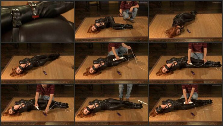 Newcomer Ashley Graham with black catsuit, leather body harness and boots – How tight? wmbcv-0466