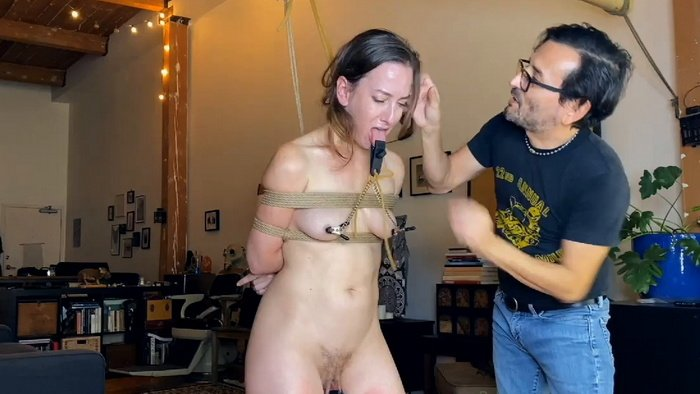 Predicament with every movement and clamp for tip of my tongue