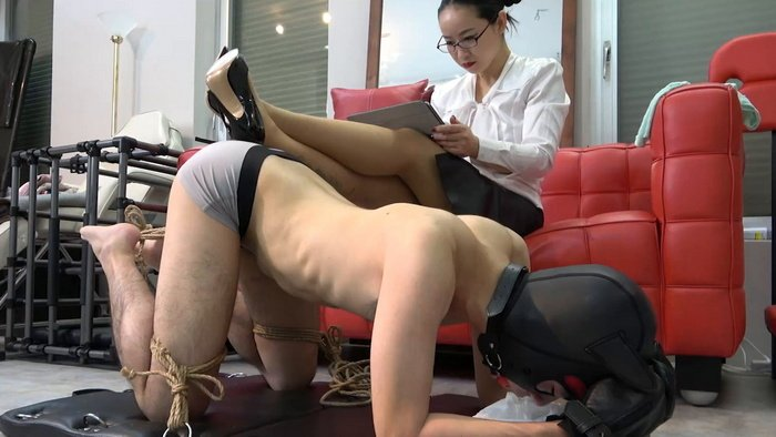Next, Mistress Hinako Tied Balls to Toes and Gagged her slave