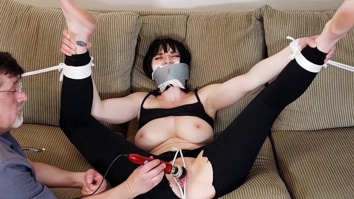 Silent Dahlia with giant breasts was be humiliated and cumming again and again