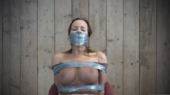 Cindy in pantyhose is tied to a chair and gets three different gags.