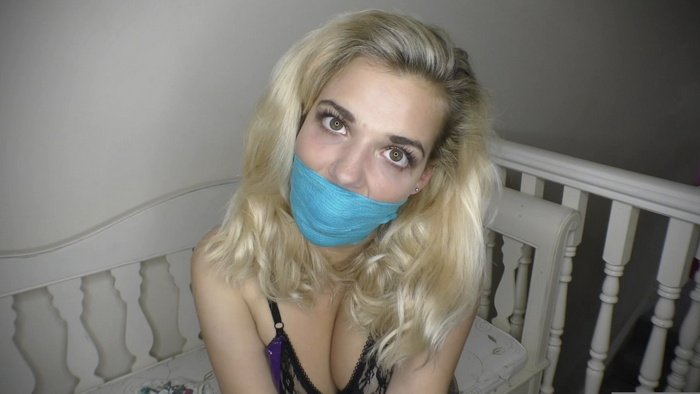 Dolly's Self gag and special sexy video for you