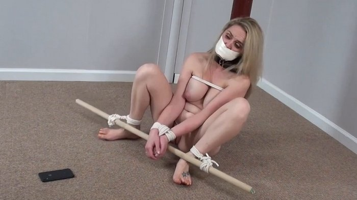 Nikkole tied nude to a post in basement #670