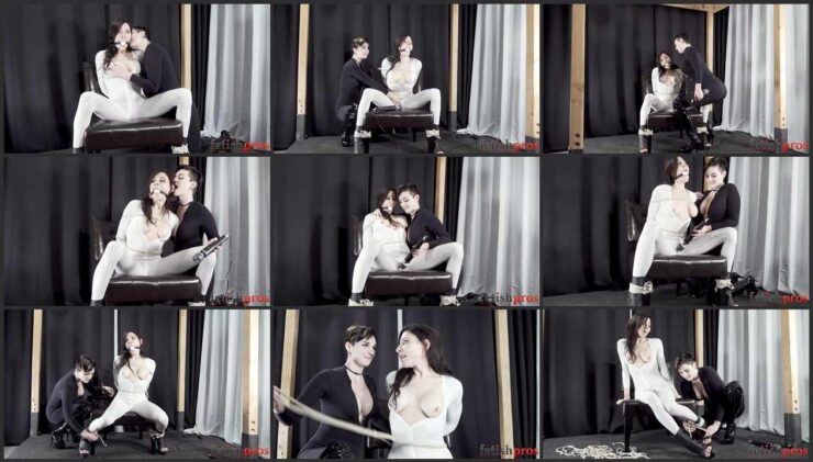 Roleplay with Agatha and Irene