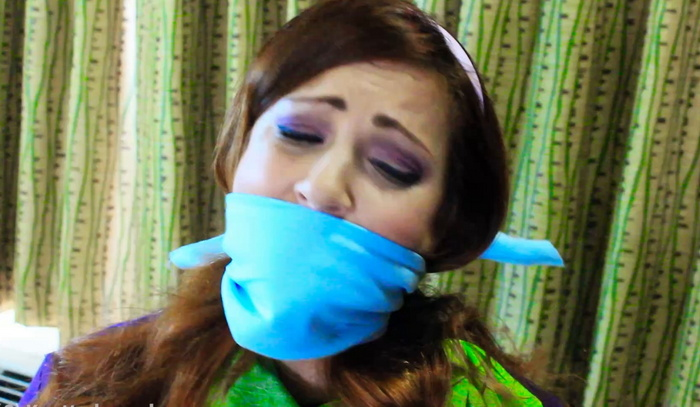 Cosplays wth Vivian Ireene Pierce, OTM gagged and chair tied Part 1