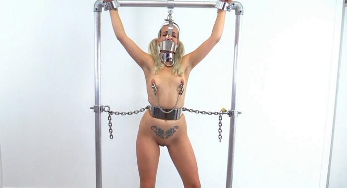 Liz hates nipple clamps. MB619