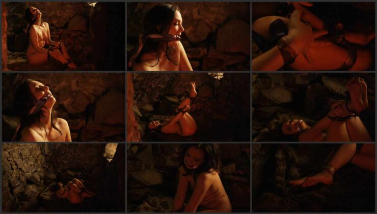 Sweet Faye In The Dungeon