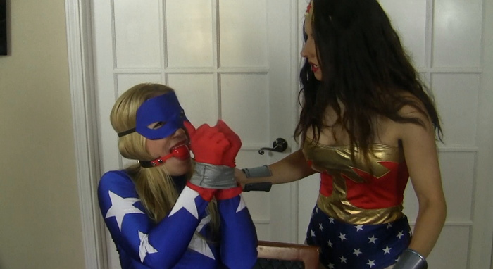 Wonder Hannah Tries to Rescue moaning Star Girl