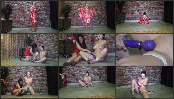 I Torturing oriental pussy of geisha Nyssa